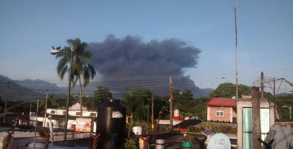 Resultado de imagen para GOBERNADOR YUNES EN LA explosión de ducto de PEMEX en Ixtaczoquitlán