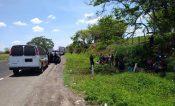 Abandonan a 45 migrantes en Oluta; 19 son menores de edad